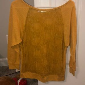 Tops - Mustard yellow mid sleeve. Lace front